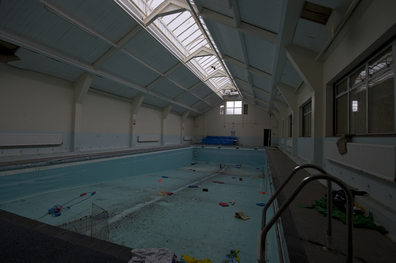 The swimming pool.