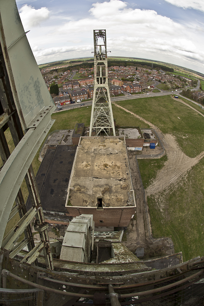 An overview of the remains of the colliery.