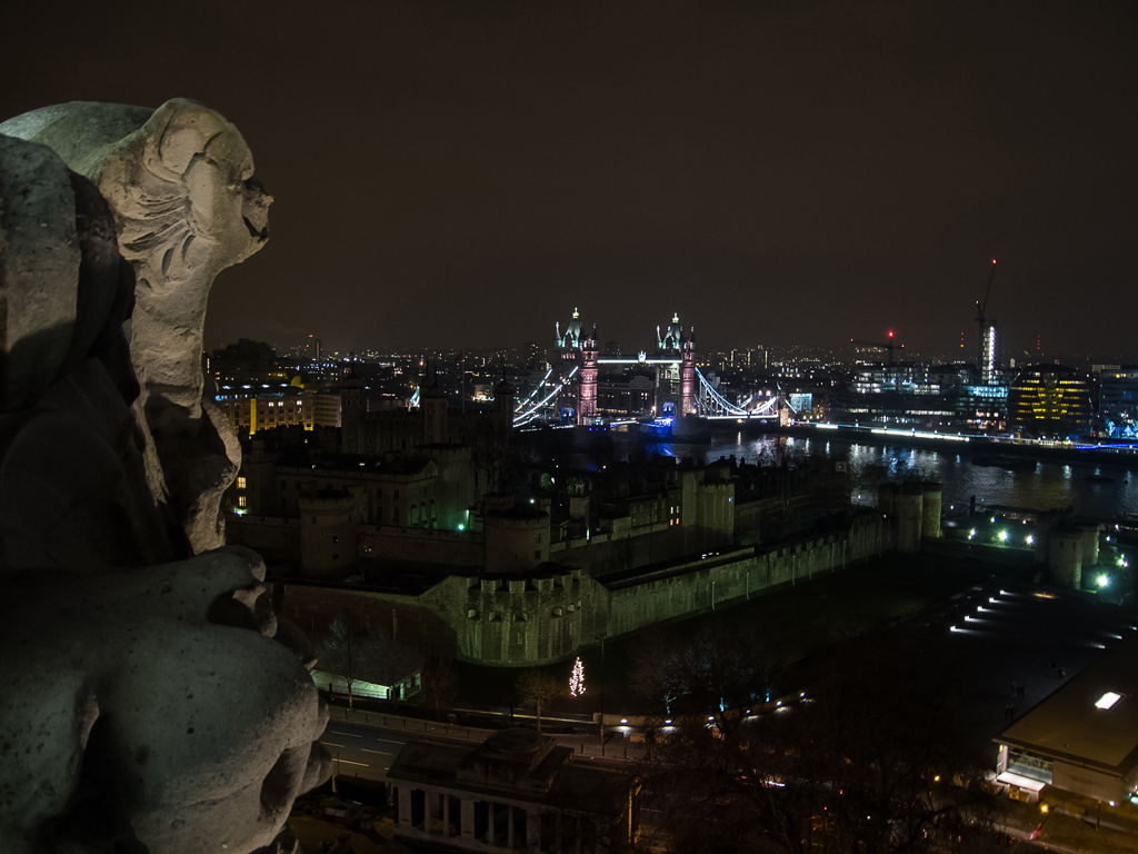 Another statue, Tower of London and Tower Bridge.