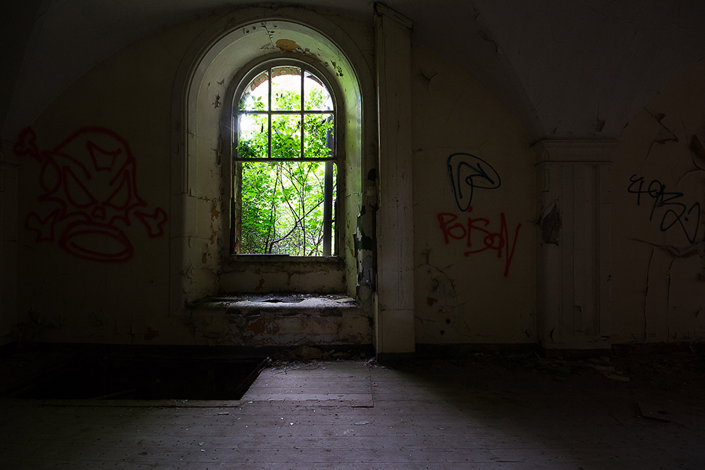 Window to what would of once been a Courtyard