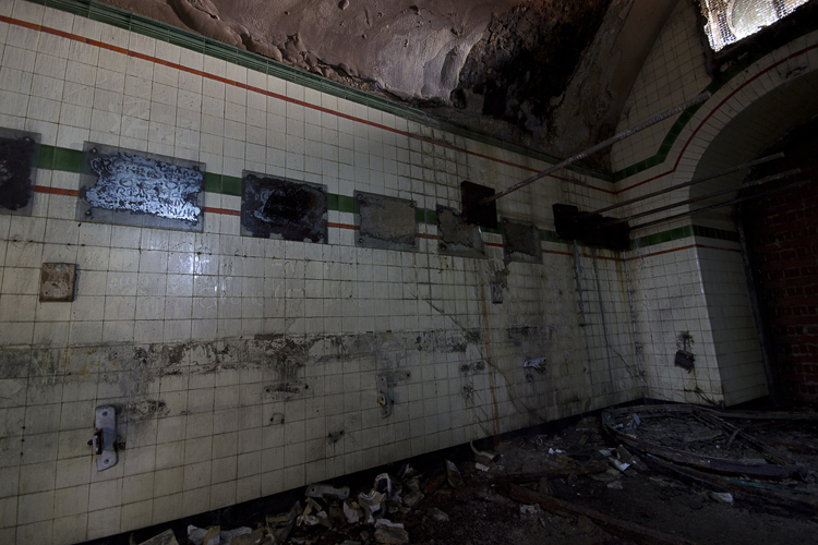 Tiling and mirrors still remain.