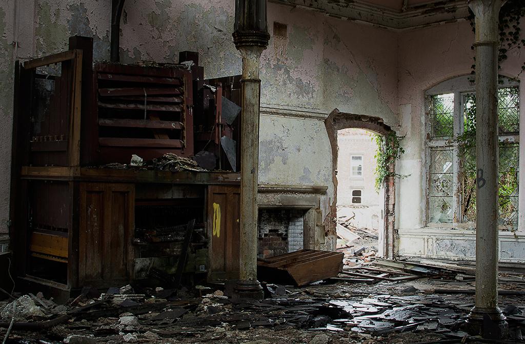 Wrecked Pipe Organ